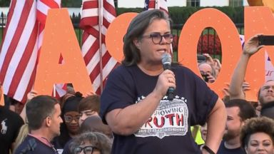 Broadway stars, Rosie O'Donnell protest at the White House