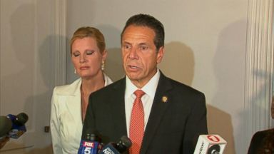 New York Gov. Cuomo triumphs in primary with Nixon