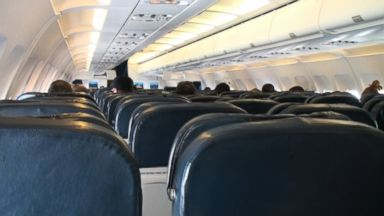Senate approves measure giving airline passengers new rights