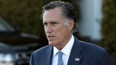 Romney says Clinton urged him to take Secy of State role