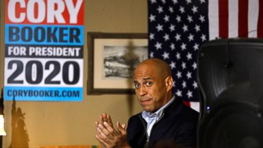 Booker says having 'run something' distinguishes him in pack