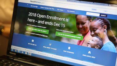Obama, Democrats push open enrollment period
