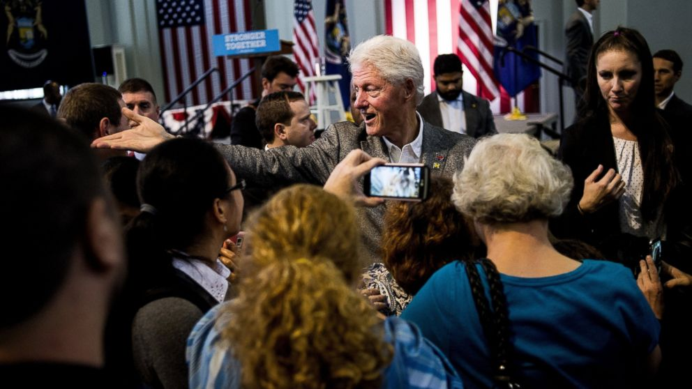 bill clinton s history of verbal campaign missteps abc news
