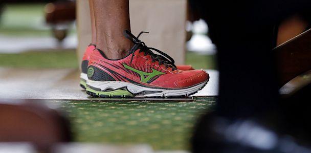 4216b32380419 Wendy Davis' Filibuster Shoes Sprint to 5 Stars on Amazon - ABC News