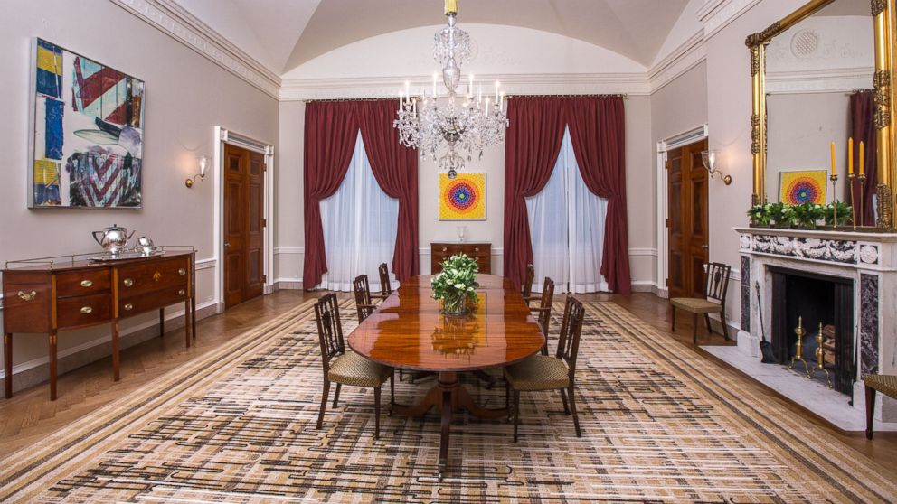 white house dining room | Michelle Obama Surprises White House Visitors With Public ...