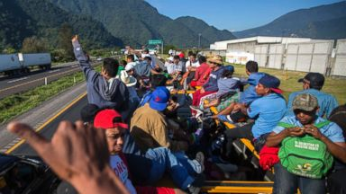 About 100 people, first group from the largest migrant caravan, may reach border near San Diego in 5 days