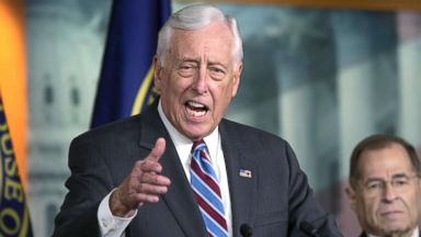 Hoyer eyes Democratic majority, plots government reform in next Congress