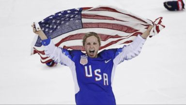 US women's hockey team finally gets gold