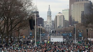 Eagles fans celebrate 1st Super Bowl win with massive parade through Philadelphia