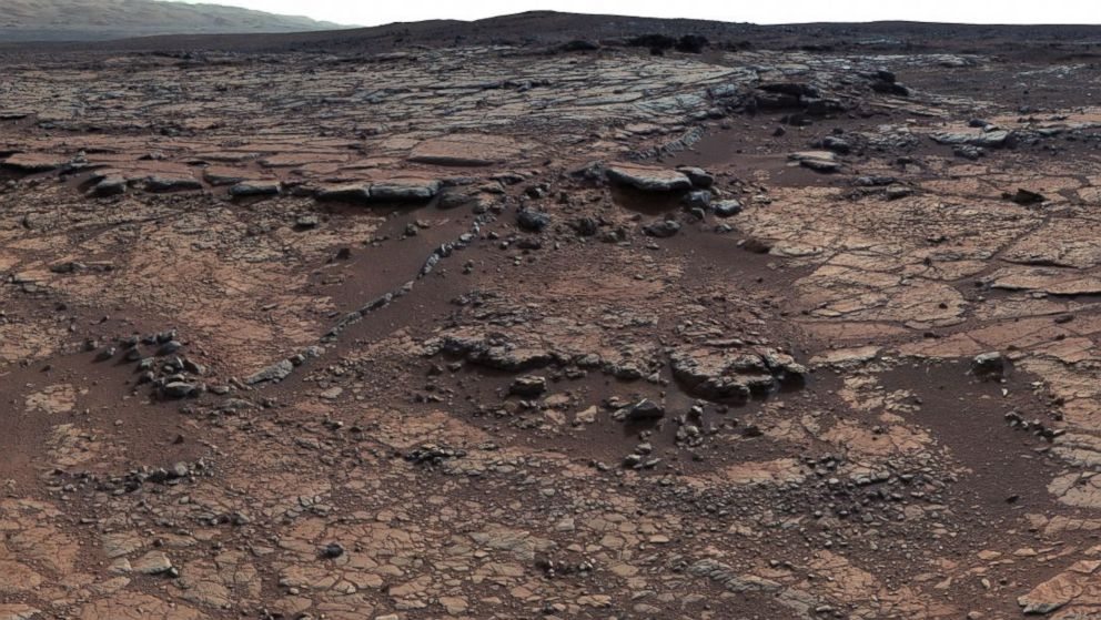 Curiosity Sniffing the Ground on Hunt for Martian Organic ...