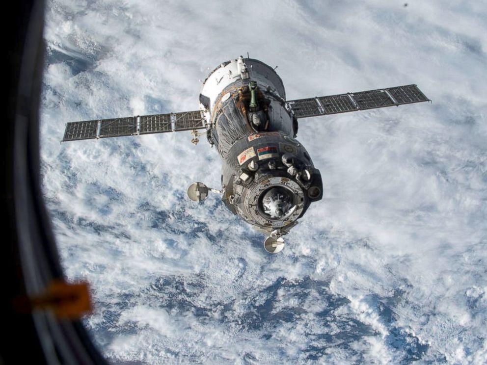 russian spacecraft soyuz - photo #19
