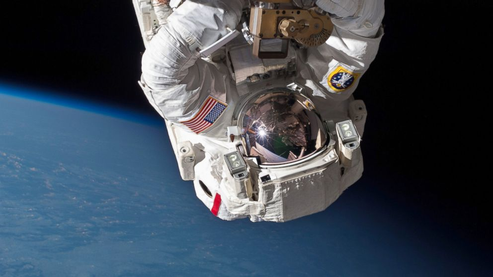Intuitive fred888: NASA astronauts sail through urgent ...