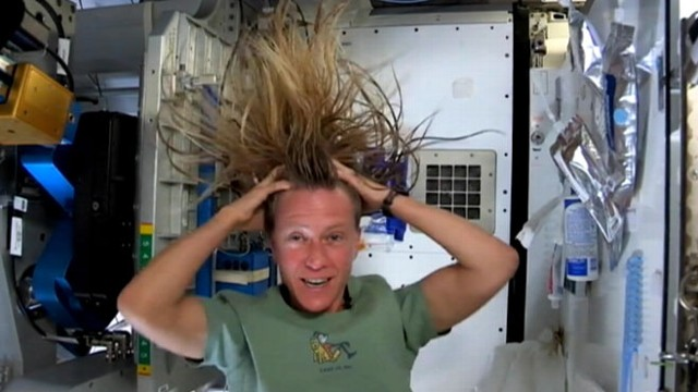 astronaut washing her hair in space - photo #2