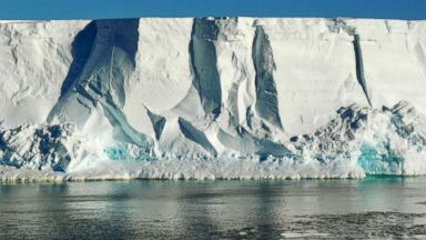 Ice shelf in Antarctica could face melting risk