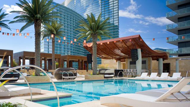 Vegas Pools Open For Season Abc News