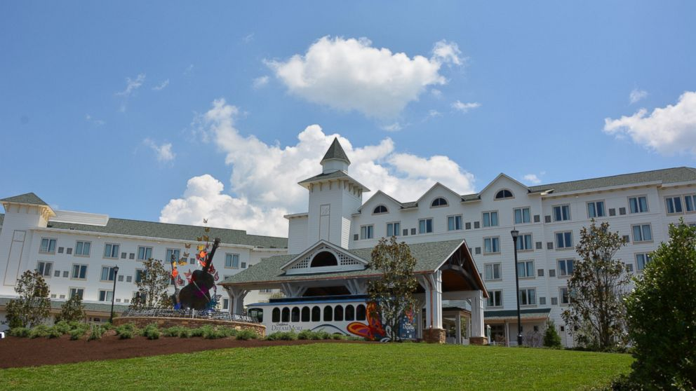 Dolly Parton S Dreammore Resort Features Butterflies