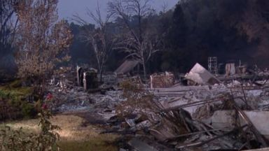 Hot, dry conditions fuel California fires