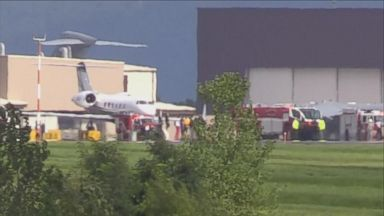 16 passengers exit plane following emergency landing