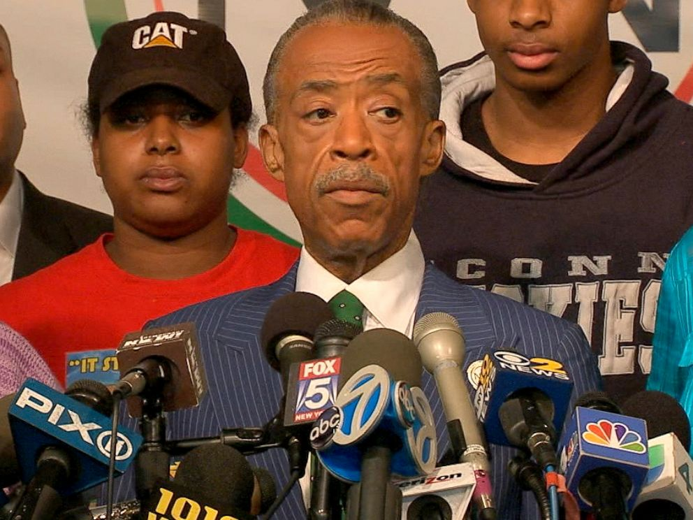 PHOTO: Al Sharpton holds a press conference, Dec. 3, 2014, in New York City with the family of Eric Garner on the grand jury decision not to indict an NYPD police officer in the chokehold death of Eric Garner back in July.