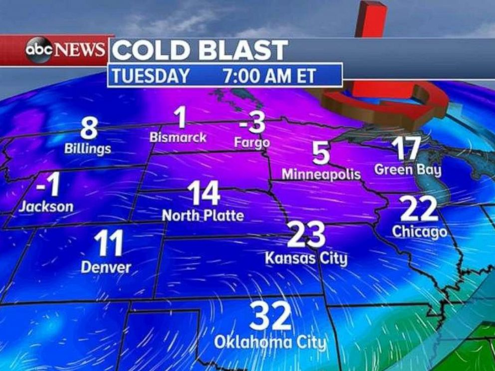 PHOTO: Wind chills are forecast to drop below zero in parts of the northern Plains on Tuesday.