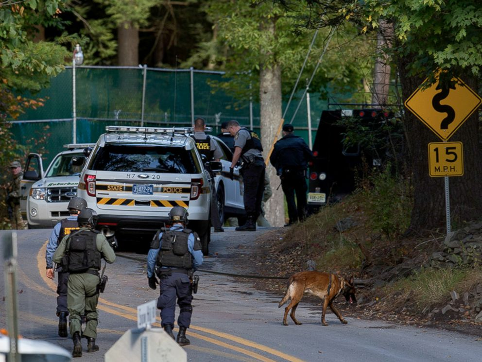 PHOTO: Law enforcement personnel continue their search for Eric Frein, the suspect in the ambush at the Pennsylvania State Police barracks in Blooming Grove, in Monroe County, Pa.