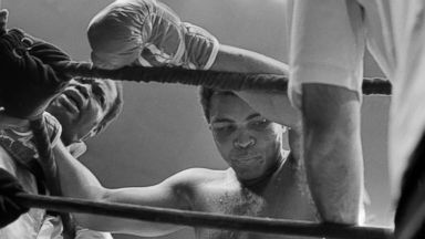 Muhammad Ali's Family Preparing Muslim Traditions for Funeral