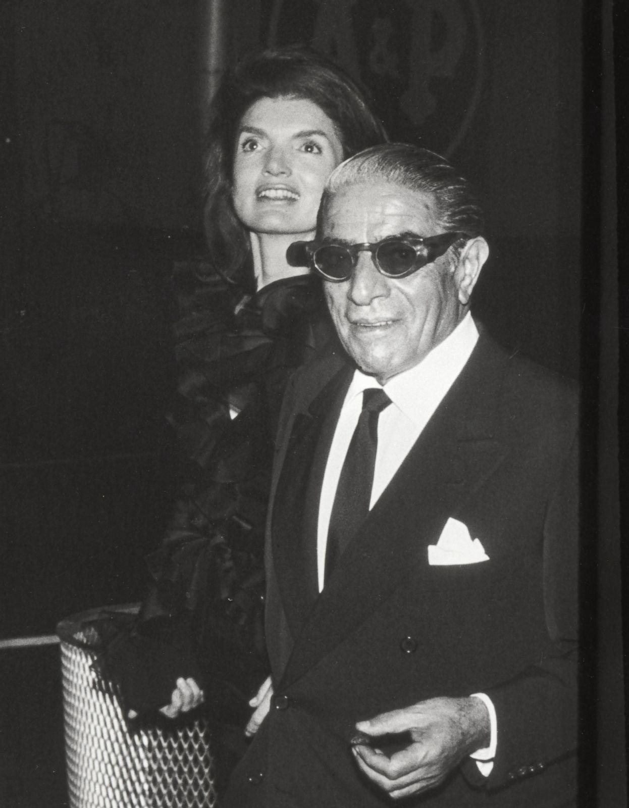 Jacqueline Kennedy Onassis Still America S Most Elegant