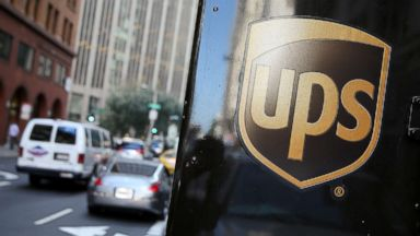 UPS Store Twitter account gets heat for icy tweet on letters to Santa