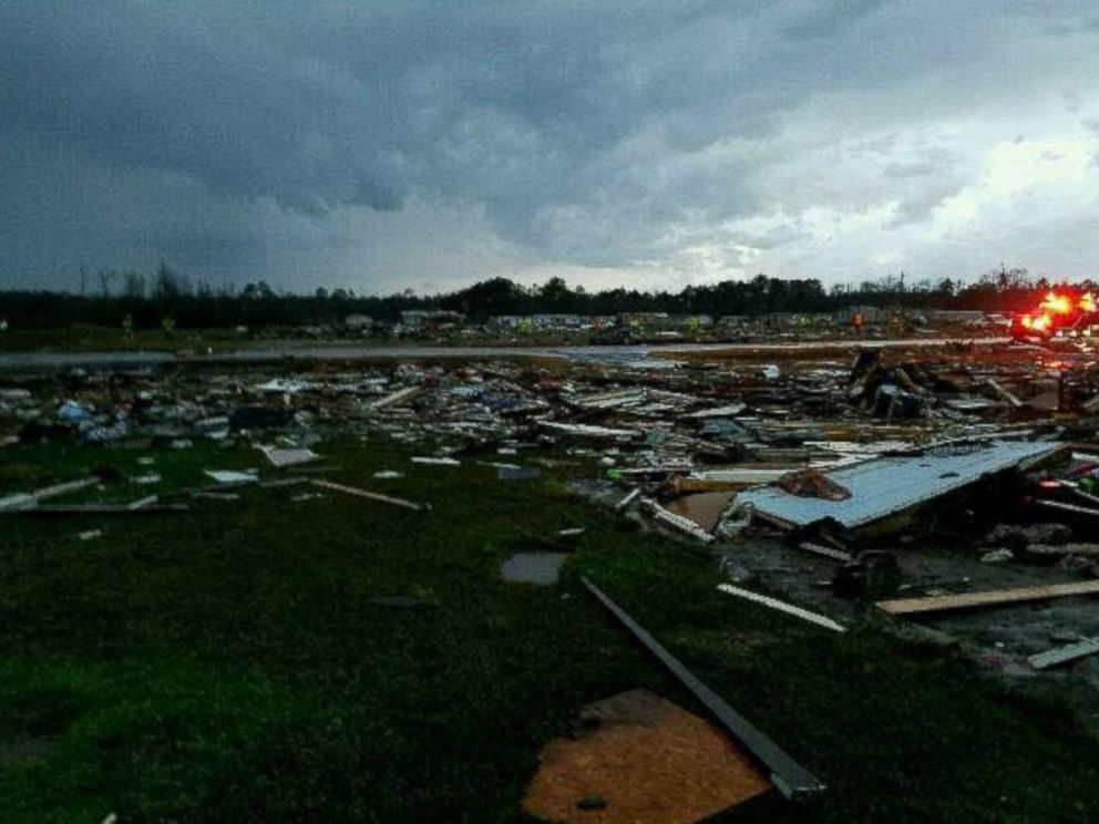 Pictures From Tornado Damage In Fitzgerald Ga 56