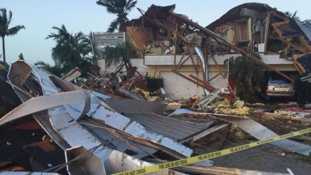 2 Killed As Suspected Tornadoes Hit Florida Gulf Coast