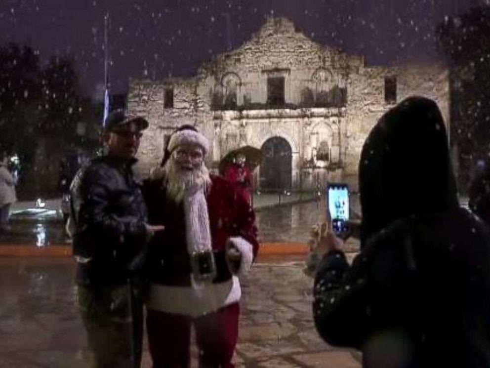 Texas Celebrates Rare Snowstorm From San Antonio To