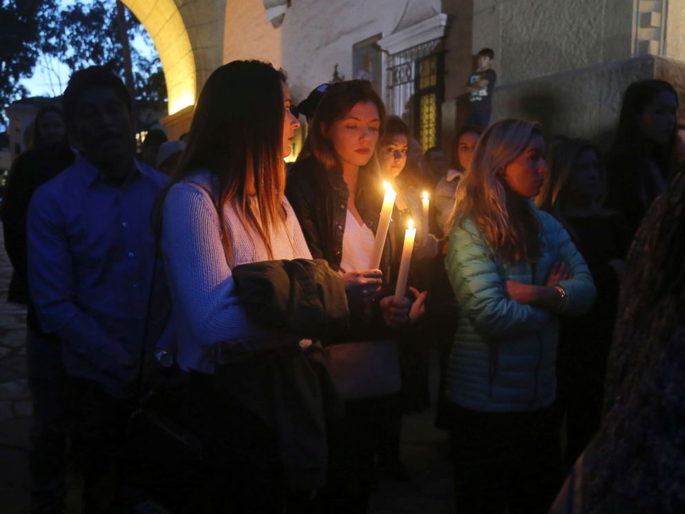 PHOTO: People attend a candlelight vigil in Santa Barbara, California, on January 14, 2018, to pay tribute to people who died when landslides swept through southern California.