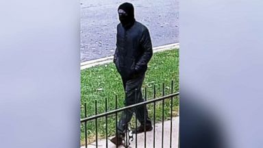 As manhunt for masked gunman in Chicago continues, authorities increase reward to $16,000