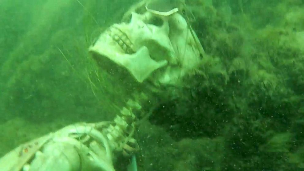 Snorkeler Mistakes Fake Skeletons For Real Human Remains