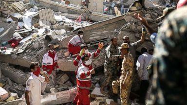 Over 400 killed, thousands injured in earthquake near Iran-Iraq border