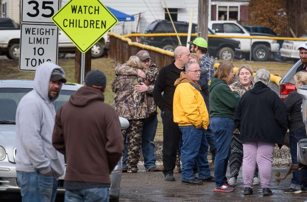 4 People Shot Dead Outside A Self-serve Car Wash
