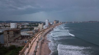 Powerful Hurricane Willa makes landfall in Mexico as Category 3 storm