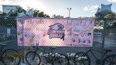 Teens write over 1,000 obituaries for kids killed by guns in the US since Parkland high school shooting