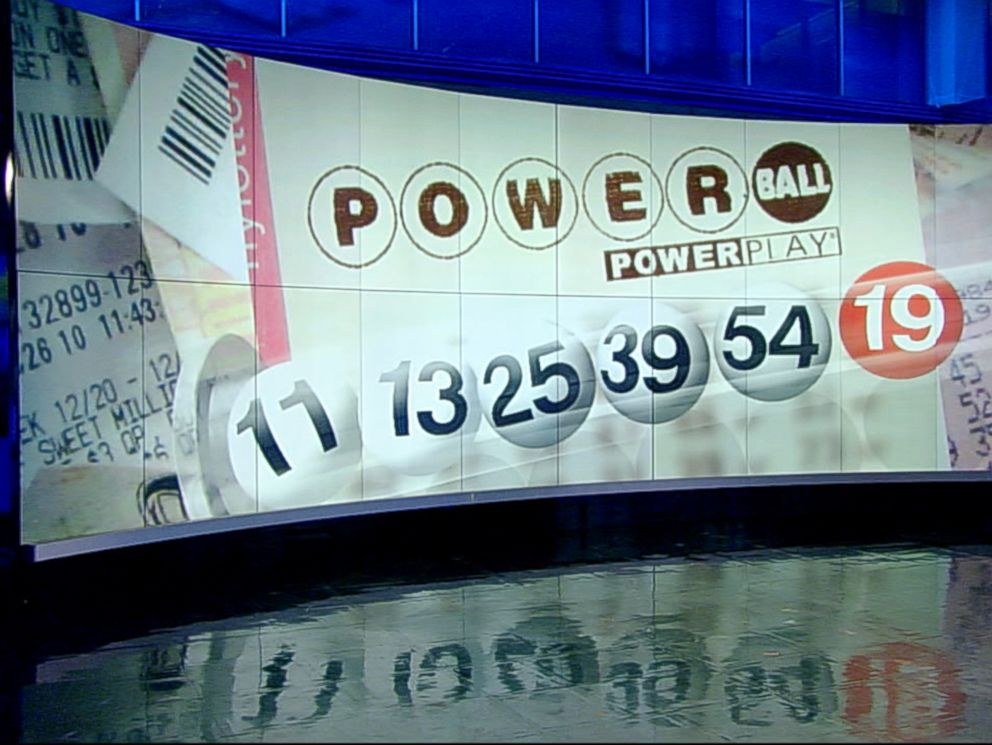 PHOTO: WFAA in Dallas, Texas reports on the Powerball drawing on Feb. 11, 2015.