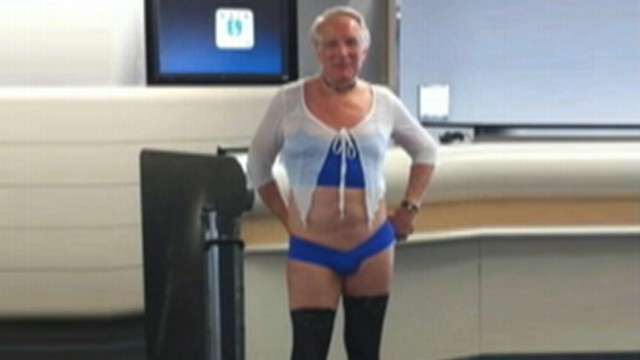 Man Wearing Lingerie Allowed To Board Us Airways Flight