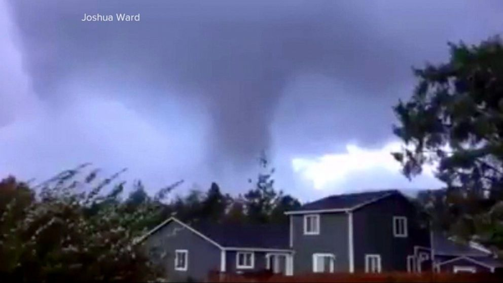 Two Confirmed Tornadoes In Oregon Video Abc News