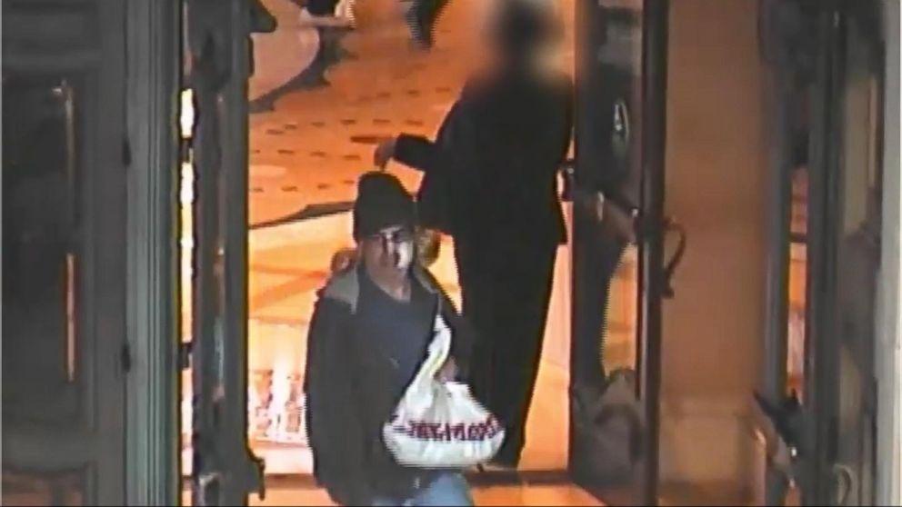 Luton casino armed robbery - Treasure voyage slot machine