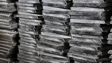 Trump imposes stiff tariffs on imports of steel, aluminum