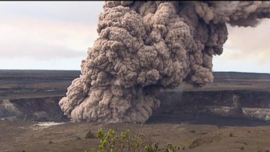 Workers in Hawaii trying to move flammable gas from facility in lava's path