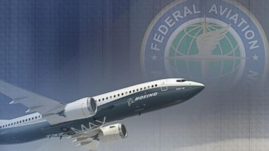 FAA warns airlines about sensor issue in Boeing's fastest-selling jet