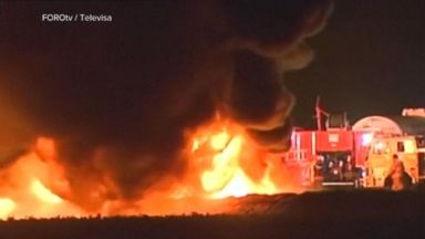 A fuel pipeline explodes north of Mexico City