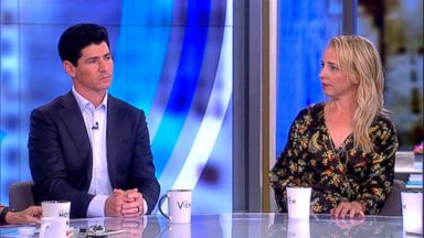 'The Conners' stars Michael Fishman and Lecy Goranson on their new show